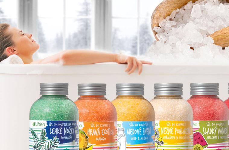 Nikam se vám v zimě z tepla svého bytu nechce? Udělejte si pohodu doma. Obyčejnou koupel proměňte na domácí wellness s koupelovými solemi Liftea.